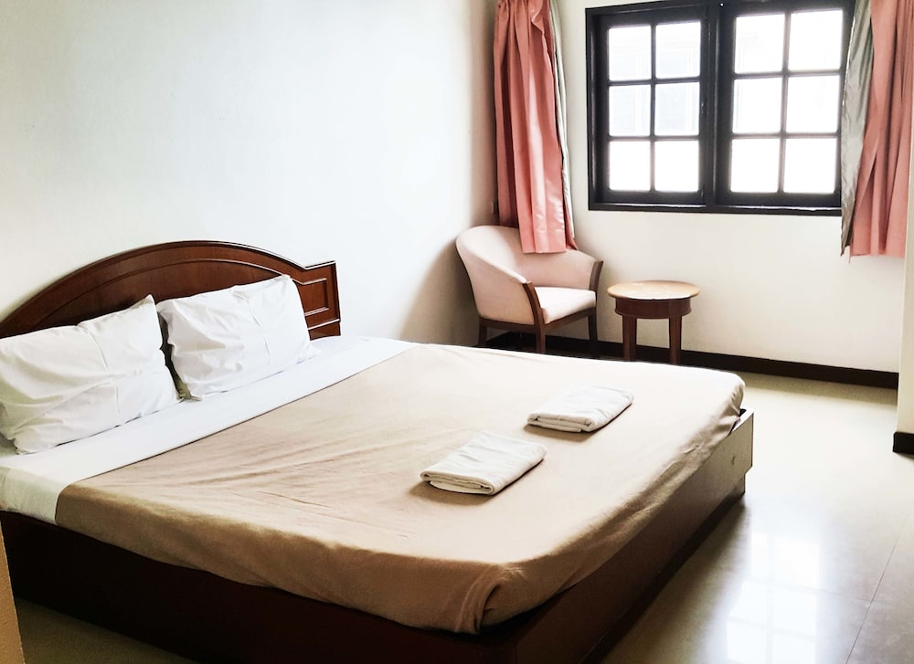 A House Boutique Guesthouse, Chom Thong