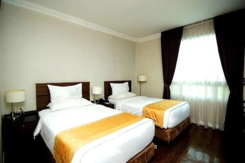. Forbis Hotel