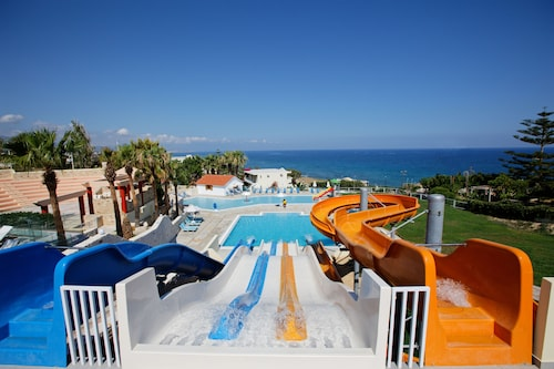 . Bomo Rethymno Mare Royal & Water Park