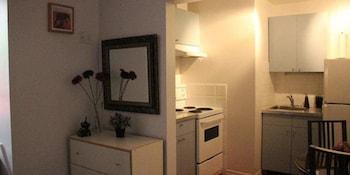 Apartment (355 Square Feet)