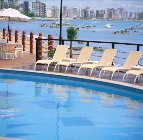 Flat Iate, Fortaleza