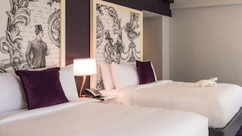 Deluxe Room, 2 Double Beds (Deluxe Queens)