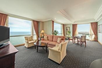 Presidential Suite Ocean Front Triple Use