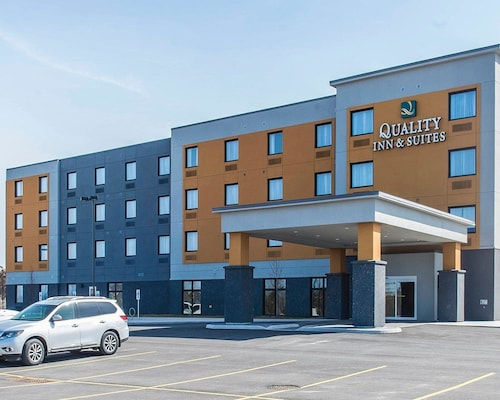 Quality Inn & Suites, Frontenac