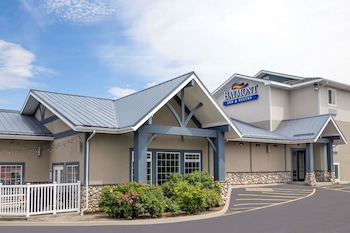 Baymont by Wyndham Spokane Valley photo