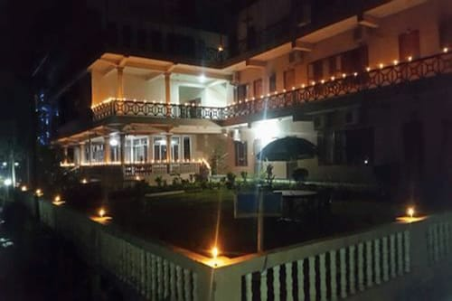 Hotel Royal Safari, Narayani