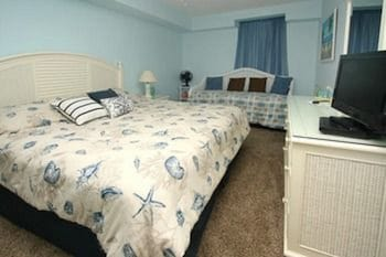 Guestroom at Crescent Keyes by Elliott Beach Rentals in North Myrtle Beach