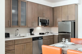 In-Room Kitchenette at Residence Inn by Marriott San Diego Downtown/Bayfront in San Diego