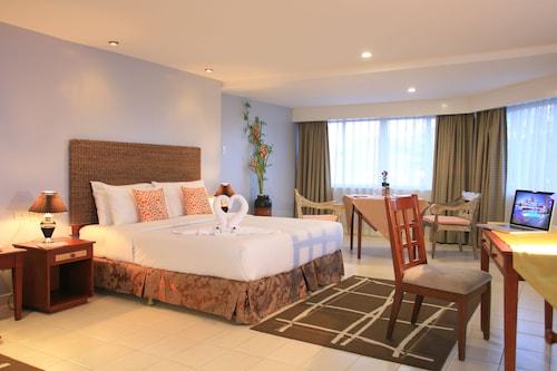 Wild Orchid Beach Resort, Olongapo City