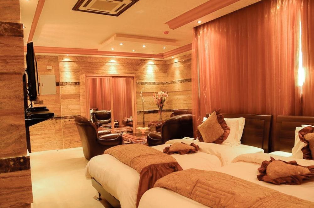 Jad Hotel Suites