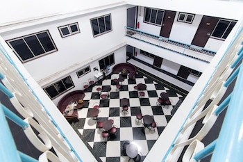ホテル グランド ムティアラ