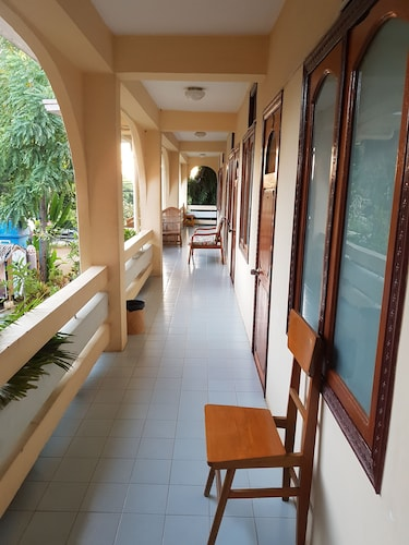 Manisanda Hotel, Myingyan