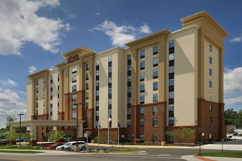 福爾斯徹奇歡朋套房飯店 Hampton Inn & Suites Falls Church
