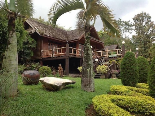 Baanklangdoi Resort, Hang Dong
