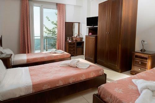 . Hotel Kymata