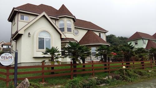 Pension Manoa, Namhae