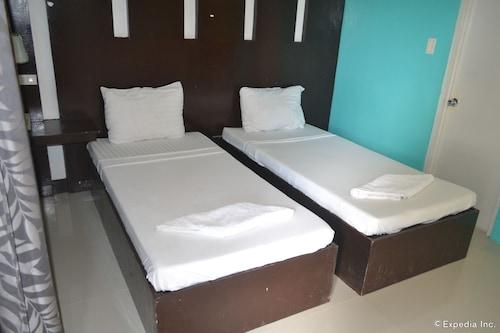 Dolyn Suites, General Santos City