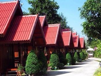 . Sapmanee Resort