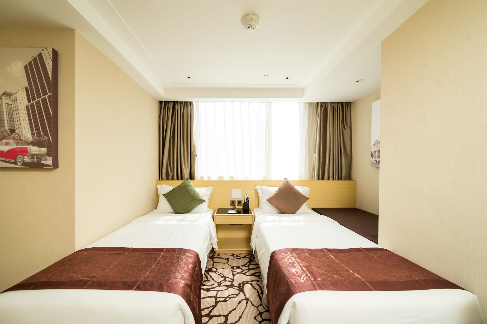 Eco Tree Hotel Hong Kong, Central and Western