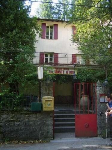 . Hôtel-Restaurant Monte d'Oro