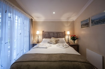 Hotel - Harfield Guest Villa