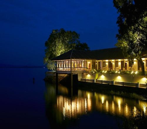 . EKHO Lake House Polonnaruwa