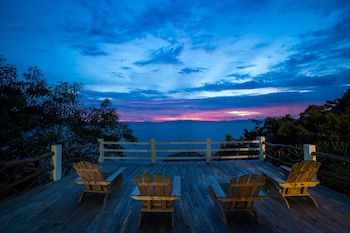 FANTASY LODGE SAMBOAN CEBU Terrace/Patio