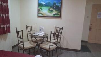 FJ MANILA HOTEL Room Amenity