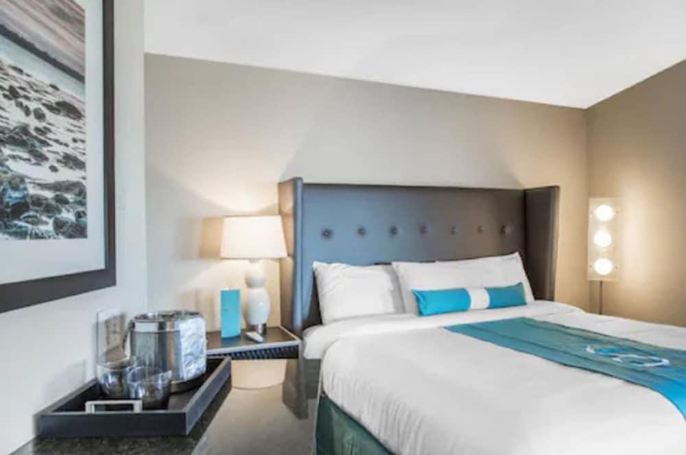 https://i.travelapi.com/hotels/14000000/13160000/13155400/13155354/a102d821_z.jpg