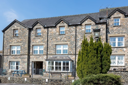 . Howgills Apartments