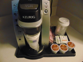 Holiday Inn Express & Suites Boynton Beach West - In-Room Coffee  - #0