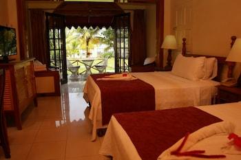Room, Sea View