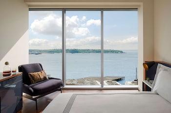Deluxe Room, 2 Queen Beds (Water View)