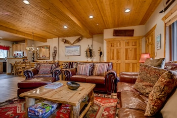 Timber Wolf Condos by Wyndham VR - Living Area  - #0