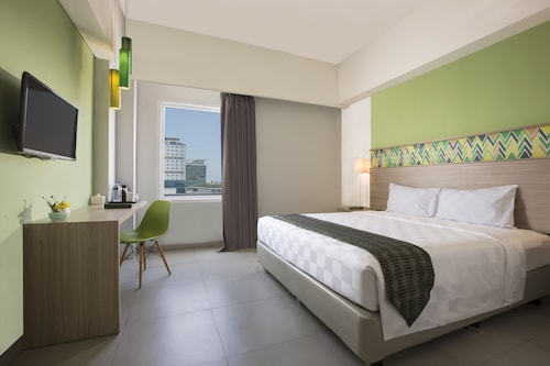 . Pesonna Hotel Makassar