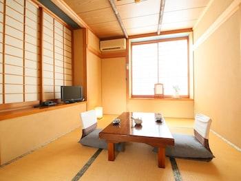 弘法館 和室6畳 トイレ付 禁煙|10㎡|民芸旅館 深志荘