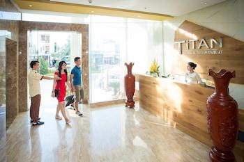 タイタン ホテル