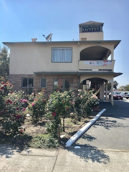 Civic Center Motel