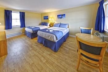 Economy Room, 2 Double Beds (Ocean Breeze)
