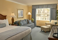 Deluxe Room, 1 King Bed at Hotel Rehoboth in Rehoboth Beach