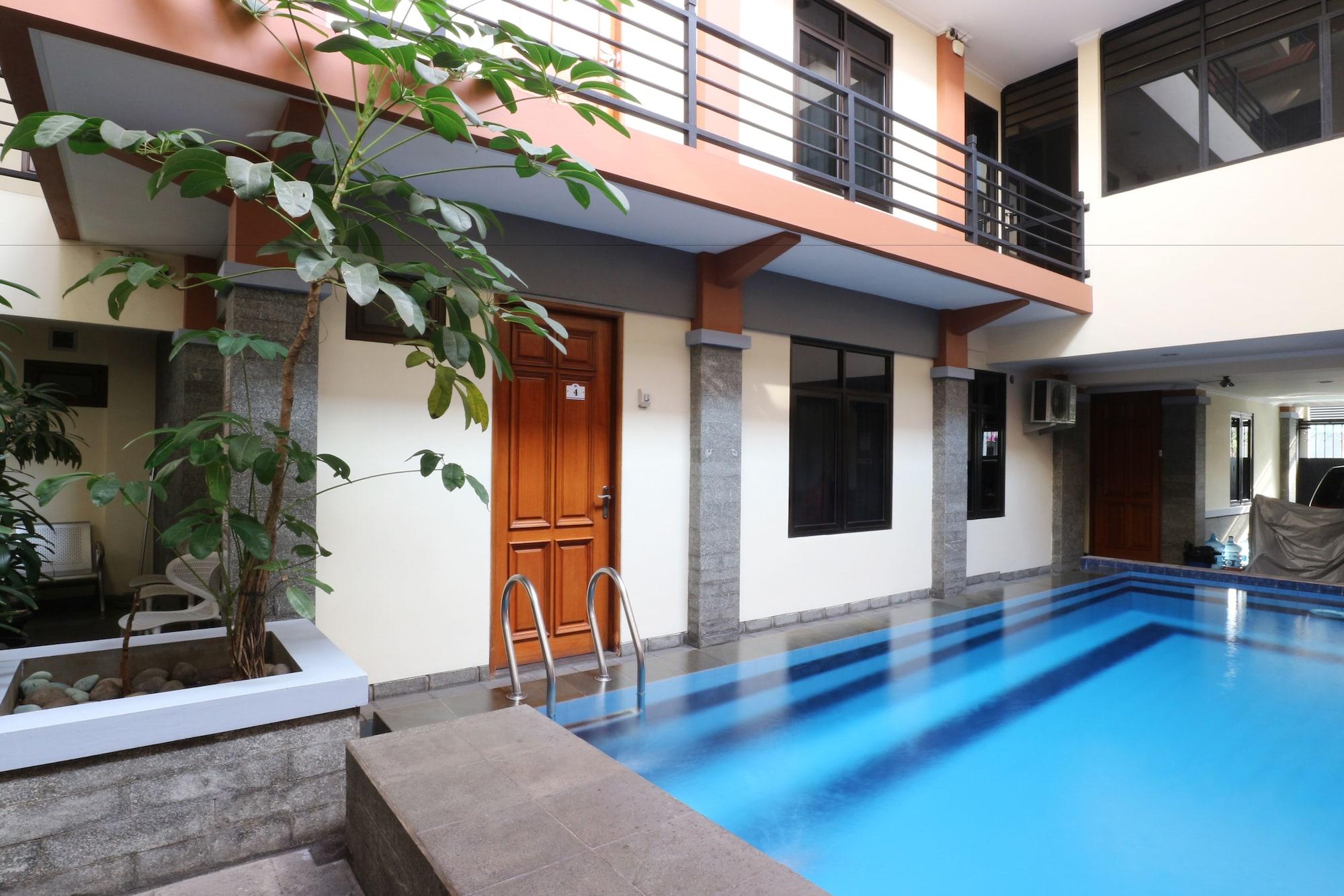 Fontana Residencia Guest House, Jakarta Selatan