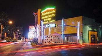 Thunderbird Hotel photo