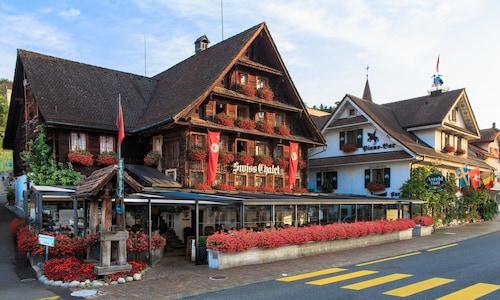 . Chalet Hotel Lodge - Swiss-Chalet Merlischachen