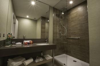 Atton Concepcion - Bathroom  - #0