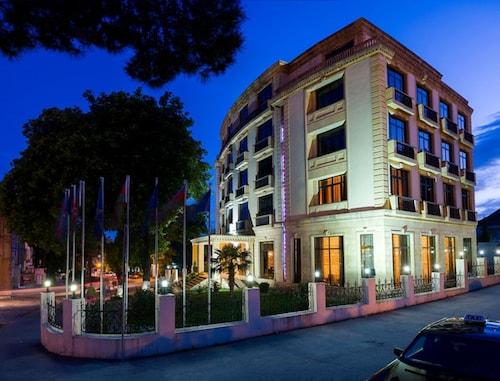 . Sheki Saray Hotel