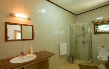 Zerof Guest House - Bathroom  - #0