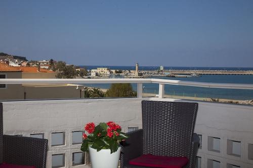 . Eleonora Hotel