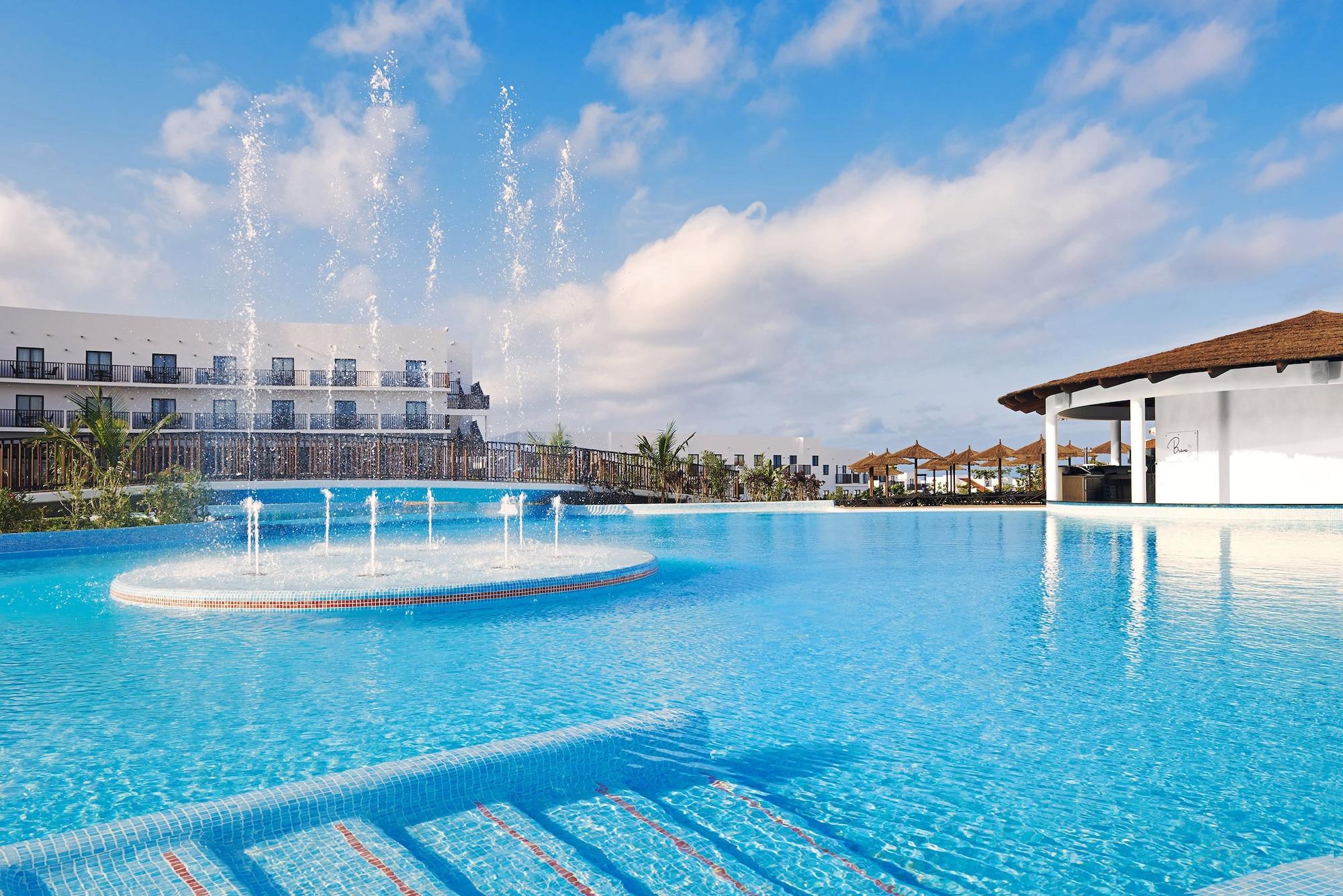 Meliá Dunas Beach Resort & Spa - All Inclusive,
