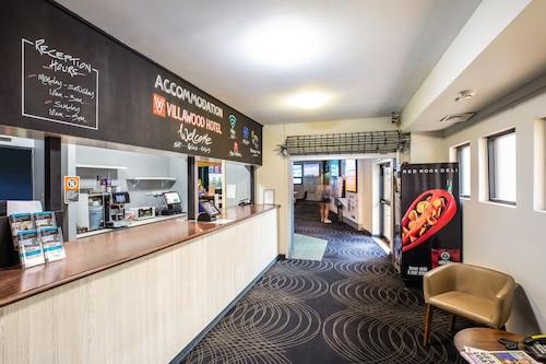 Villawood Hotel, Fairfield - East