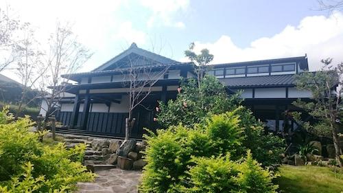 . Yakushima Jomon No Yado Manten